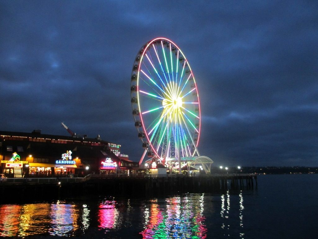 Seattle Great Wheel on New Year's Eve.